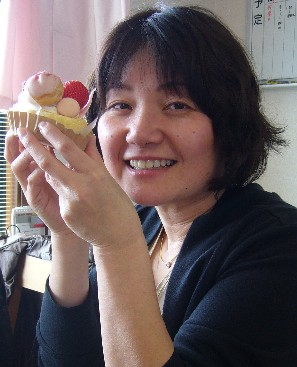 いちごケーキ 畑中.jpg